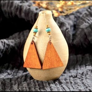 Natural jewelry